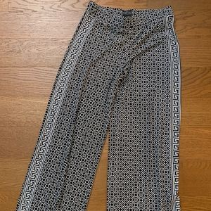 WHITE HOUSE BLACK MARKET Wide Legged Pattern Pants